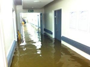 somerset_west_flash_flood_vergelegen_medi_clinic3